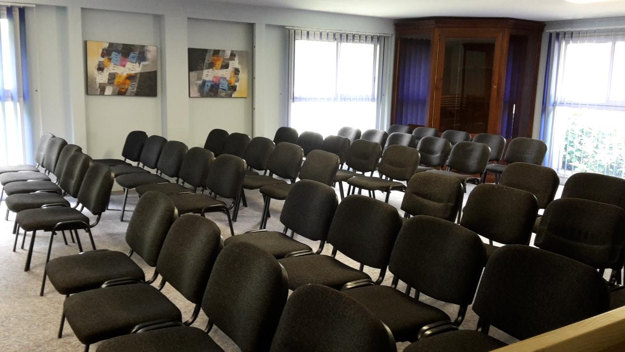 Chaises Conférence
